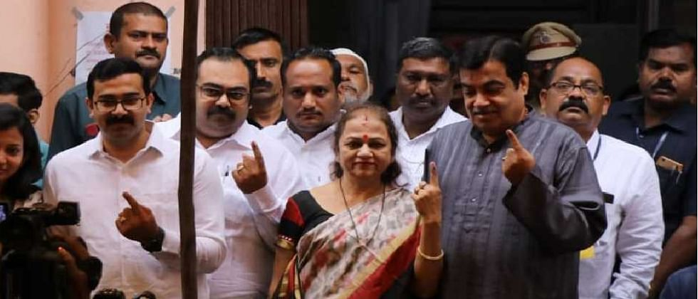 Vidhan Sabha 2019: Gadkari votes, predicts 'record-breaking' win for BJP-Sena