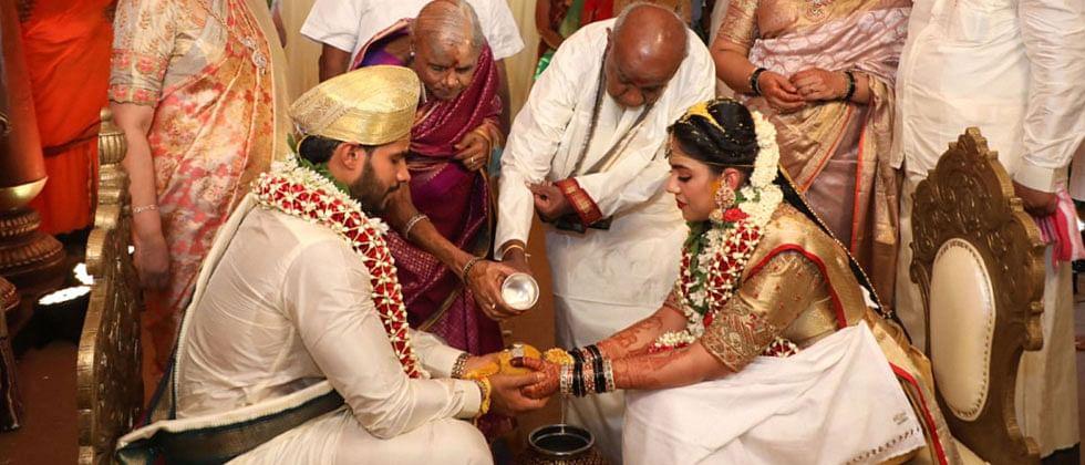 Former Karnataka CM Kumaraswamy son's wedding sparks row over coronavirus lockdown 'violation'