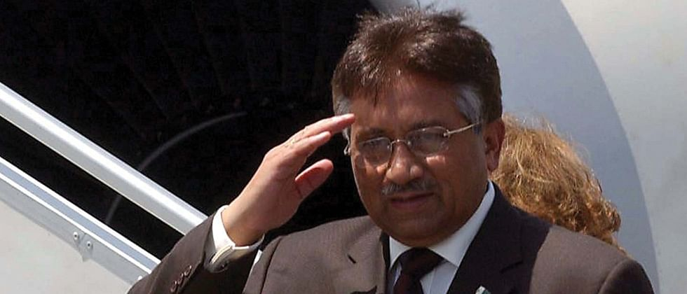 Pak SC to entertain Musharraf's plea only after he surrenders to the law: Report