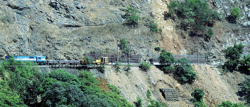 Railways begins fixing iron grills at ghat section