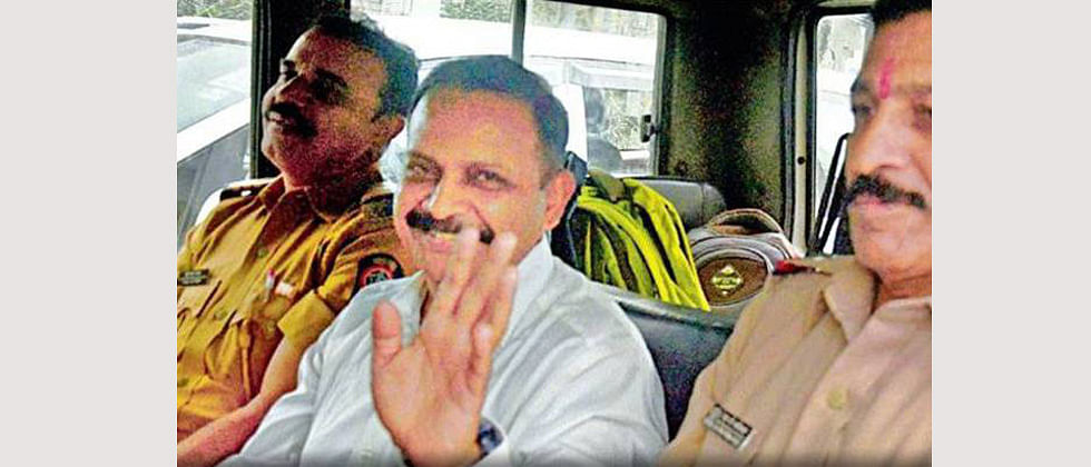 'Lt Col Purohit kept seniors informed about intel'