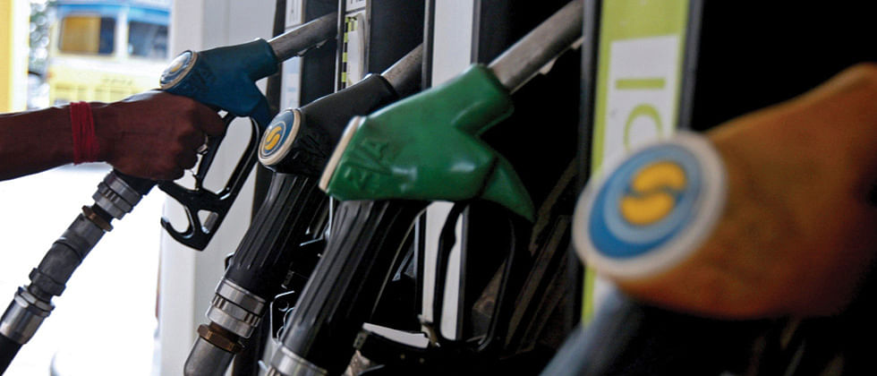 Petrol, diesel prices remain same even as crude softens