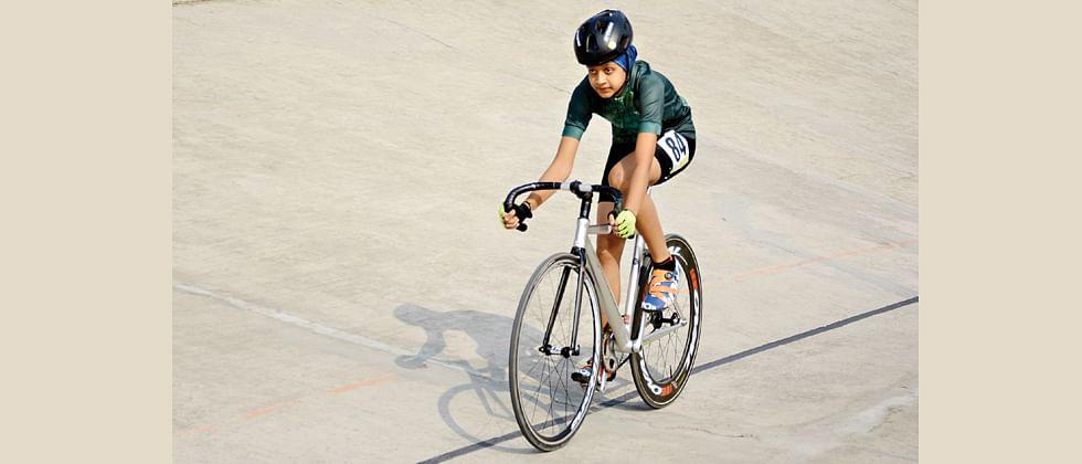 Hosts Maharashtra claim overall championship