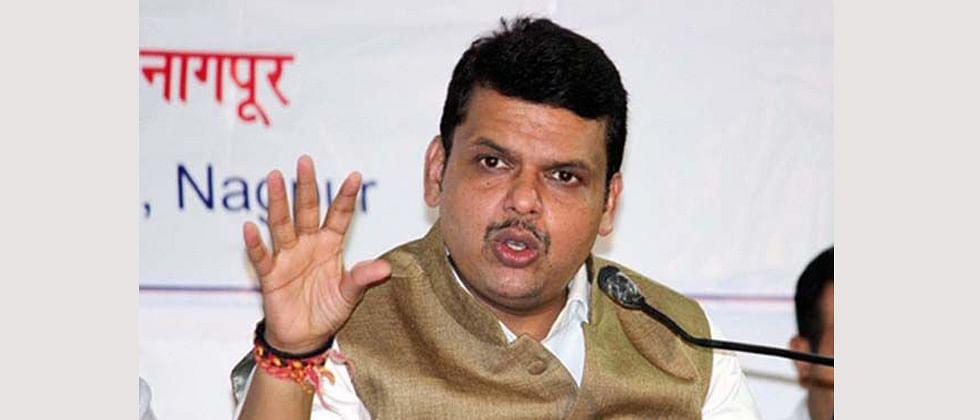 Maharashtra CM advises industries to reuse waste water
