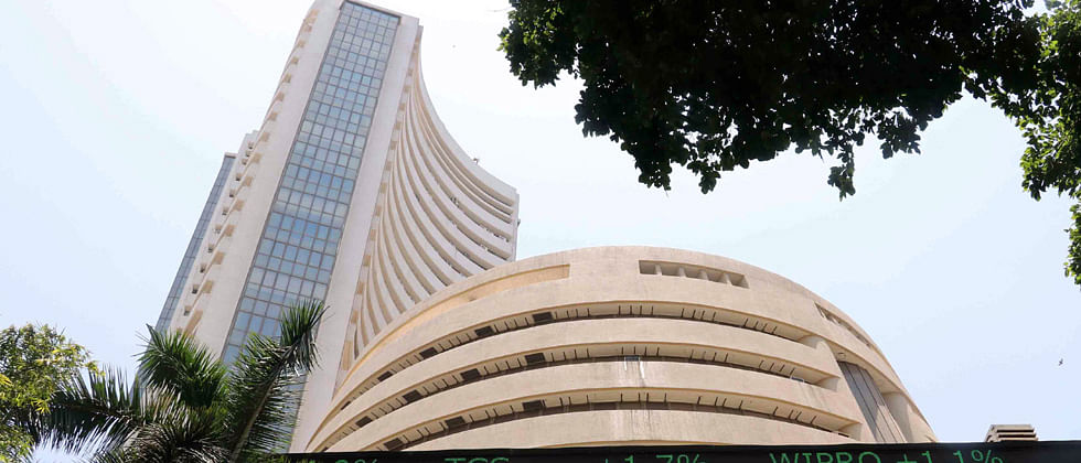 Sensex gains 250 points tracking Asian markets