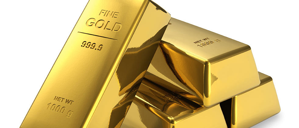 Gold rallies Rs 143 on rupee depreciation, positive global trend