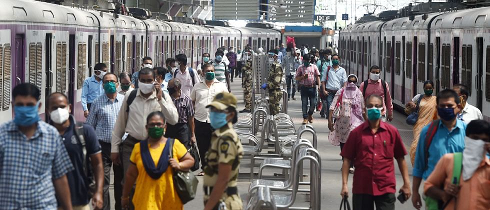 Mumbai: 700 local trains to become functional today for government staff