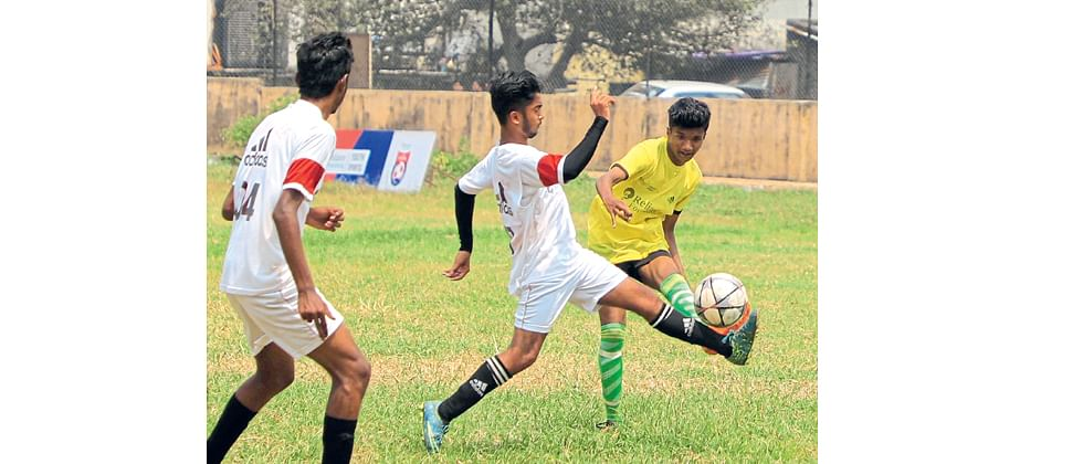 Vicky leads Arihant to upset win over Wadia