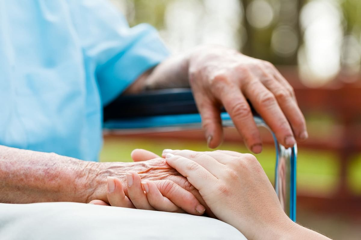 Major Factors to Consider While Choosing Health Insurance For Parents