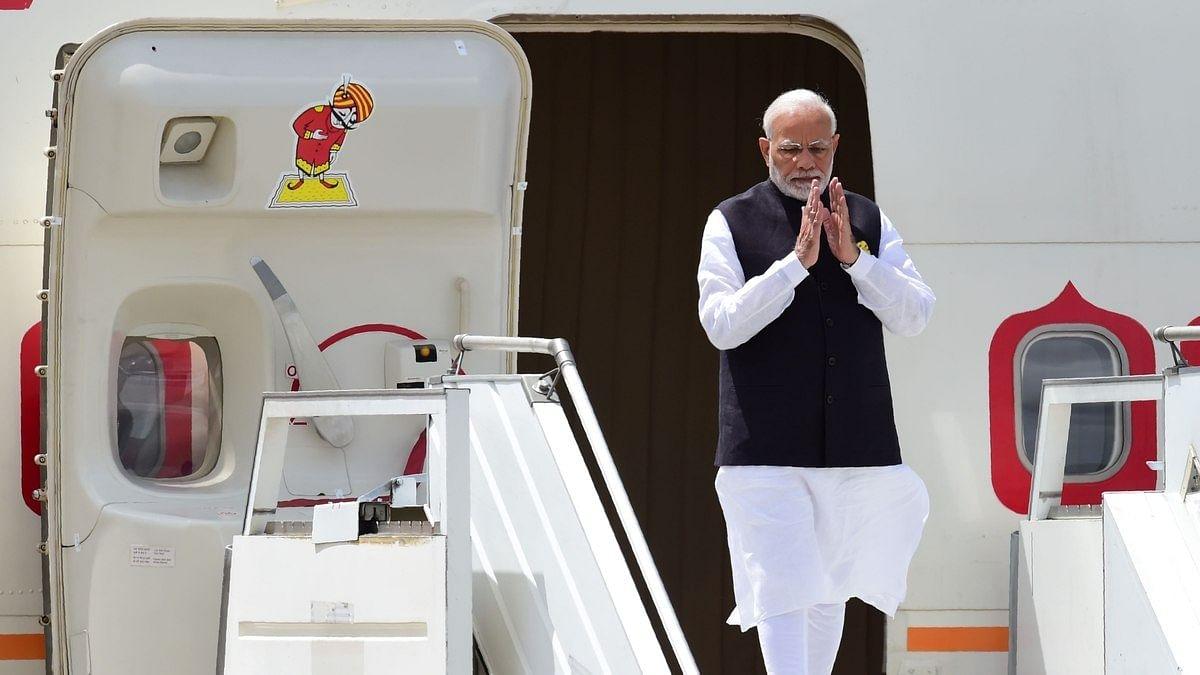 മോദി നടത്തിയത് 240 അനൗദ്യോഗിക യാത്രകള്,ബിജെപി അടച്ചത് 1.4 കോടി ; നിരക്കുകളില് പൊരുത്തക്കേട്