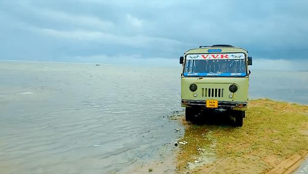 യാത്രപോകാം, തിരുശേഷിപ്പുകളുടെ പറുദീസയായ ധനുഷ്കോടിയിലേക്ക്