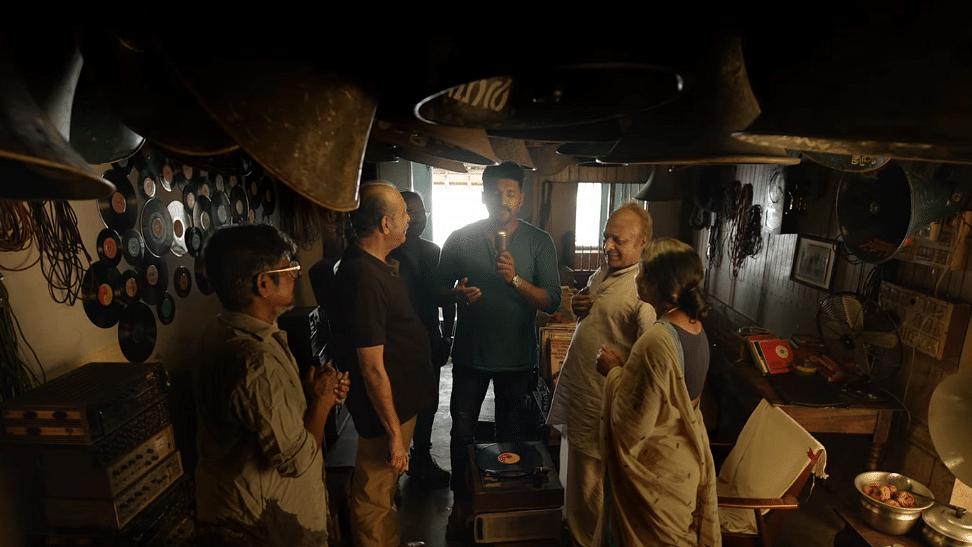 'പാട്ടിന് പോയ കോളാമ്പികളുടെ കഥ'; ടികെ രാജീവ് കുമാര് ചിത്രം ട്രെയിലര്