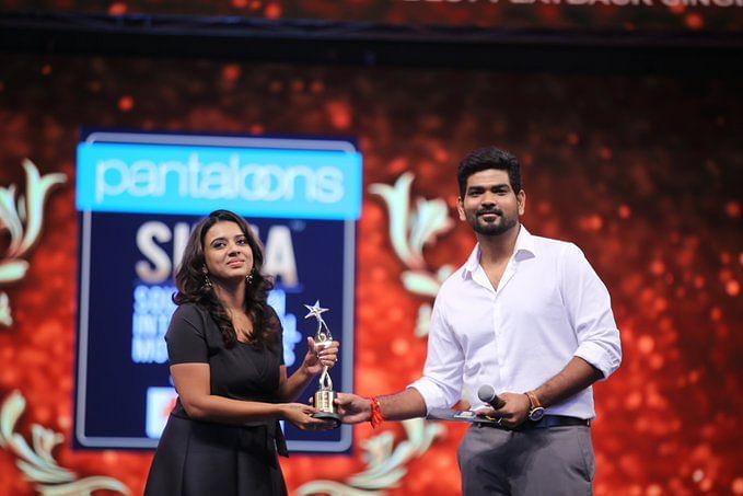 Best Playback Singer Female – Sithara Krishna Kumar (Maarivil…- Eeda)