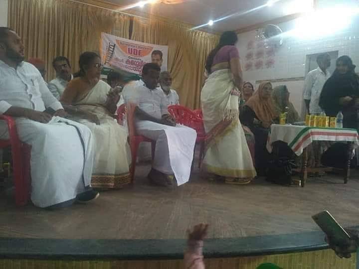 'എം.സി കമറുദ്ദീന് വേണ്ടി യുഡിഎഫ് വേദിയില് ഫിറോസ് കുന്നംപറമ്പില്'; തനിക്ക് രാഷ്ട്രീയം പാടില്ലെന്ന് നിയമമില്ലല്ലോയെന്ന് മറുപടി
