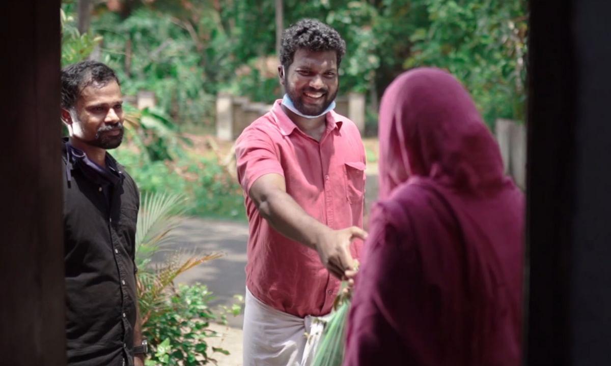 'സംഘാടകരുടെ ശ്രദ്ധയ്ക്ക്', കൊവിഡിലെങ്കിലും മനുഷ്യരോട് വിവേചനമില്ലാതിരിക്കാം; ഷോര്ട്ട് ഫിലിം