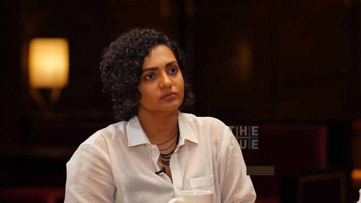 'എ.എം.എം.എയിൽ 50 ശതമാനം സ്ത്രീകളാണെന്ന് അവർ ഘോരഘോരം പറയുന്നുണ്ട്,ഹേമ കമ്മിറ്റി റിപ്പോർട്ട് എന്തായെന്ന് അവർക്ക് ചോദിച്ചൂടേ?':  പാര്വതി