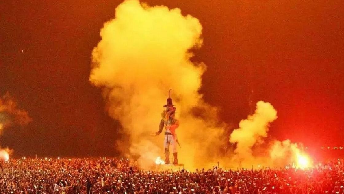 ആഘോഷങ്ങള് രാത്രി 10 മണി വരെ മാത്രം, കൊവിഡ് മാനദണ്ഡങ്ങള് പാലിക്കണം; സംസ്ഥാനത്ത് പുതുവത്സരാഘോഷങ്ങള്ക്ക് കടുത്ത നിയന്ത്രണം