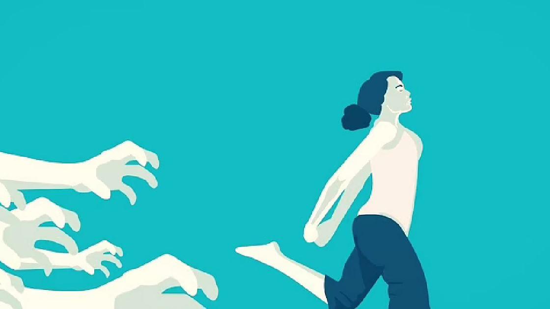 കൊച്ചിയിലെ മാളില് യുവനടിയെ അപമാനിച്ചു, 'എന്റെ അമ്മയെയും സഹോദരിയെയും സുഹൃത്തുക്കളെയും ഓര്ത്ത് ഞാന് ഭയപ്പെടുന്നു'