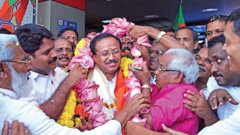 നിയമസഭയിലേക്ക് ബി.ജെ.പിയെ നയിക്കാന് വി.മുരളീധരന്; മത്സരിക്കുന്നത് കഴക്കൂട്ടത്ത് തന്നെ