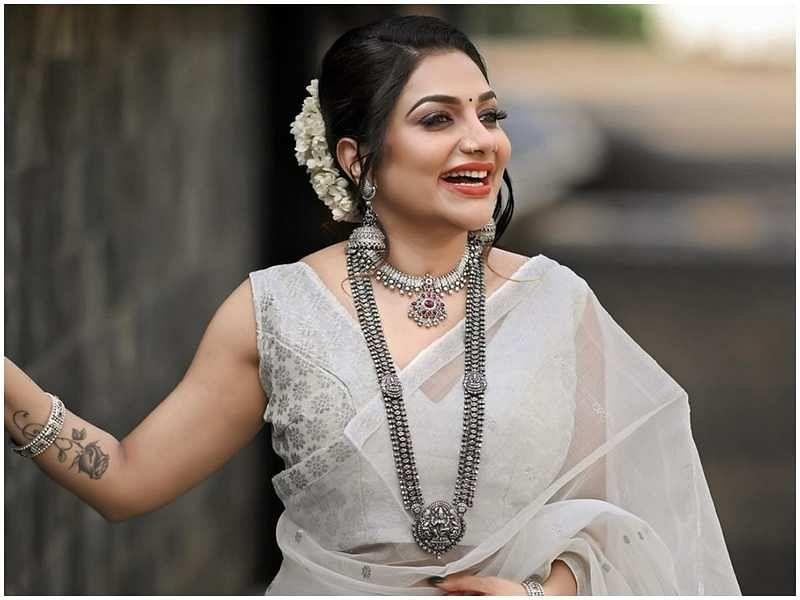 ബിഗ് ബോസ് സീസണ് ത്രീയില് ഉണ്ടോ? വ്യാജപ്രചരണമെന്ന് റിമി ടോമി Bigg Boss Malayalam 3
