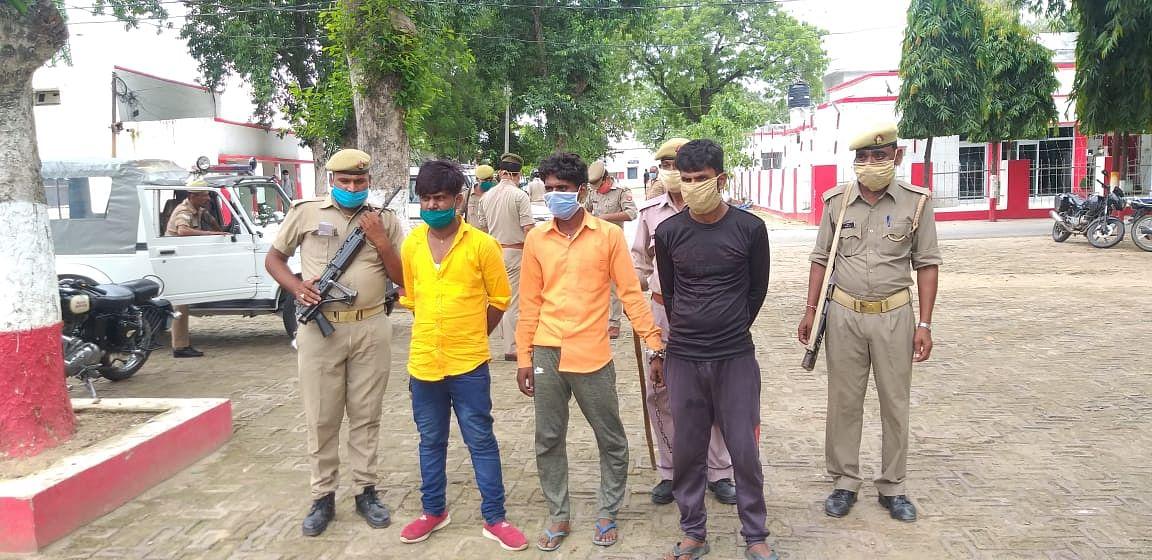 मैनपुरी में अपनी बुआ और बाबा का हत्या आरोपी, पच्चीस हजार का इनामी रवि पाल चढ़ा पुलिस के हत्थे