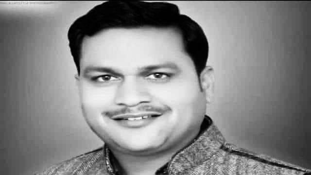 योगी आदित्यनाथ ने मर्डर किए गए टीवी पत्रकार के परिवार के लिए 10 लाख रुपये की घोषणा की