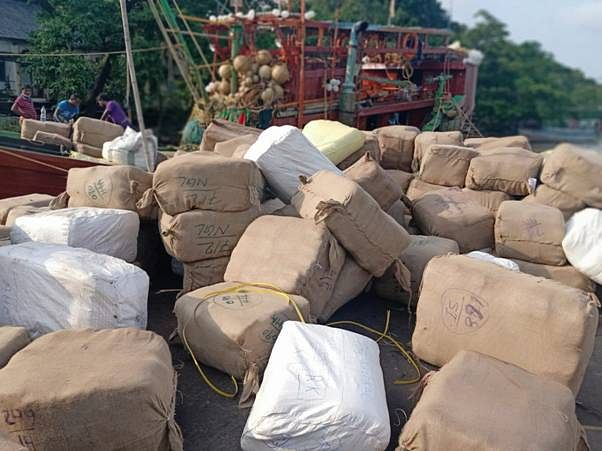 Customs Seizes Smuggled Textiles Worth Rs 3.3 Crore On Fishing Trawler Headed To Bangladesh