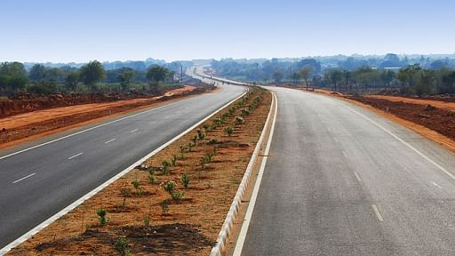 Gadkari Inaugurates, Lays Foundation Stone For 27 Highway Projects In Assam