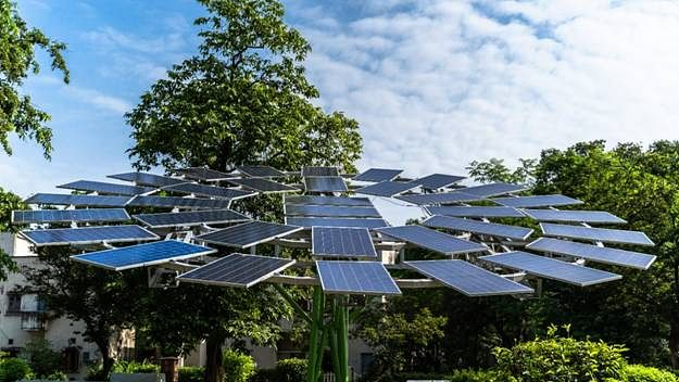CSIR-CMERI Develops World's Largest Solar Tree, Installed At Durgapur Residential Colony
