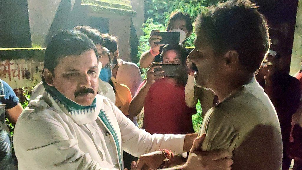 As Opposition Leaders Dish Out Mere Statements, Sanjay Singh Rushes To Meet Family Of Former MLA Beaten To Death