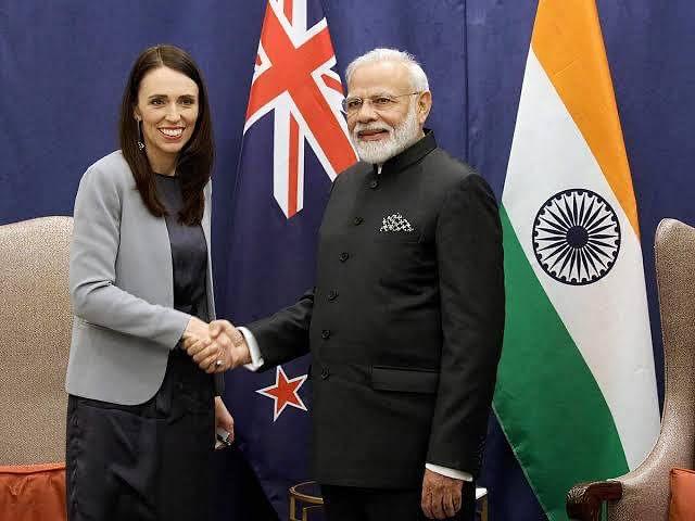 وزیر اعظم نے نیوزی لینڈ کی وزیر اعظم کو ان کی زبردست فتح کے لئے مبارکباد پیش کی