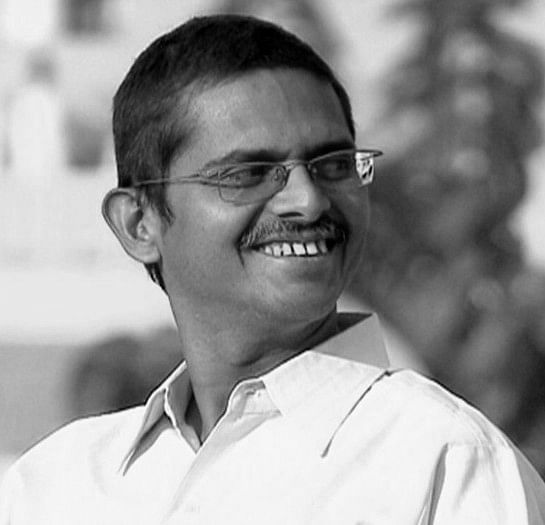 UP Government Serves Show Cause Notice To IPS Amitabh Thakur For Tweeting 'Wasooli List'