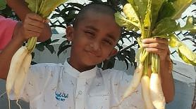 This Class IIIrd Student From Hyderabad Grows vegetables At Home