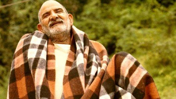 नीब करौरी बाबा की अनंत कथाएँ: महाराज जी और वो सूखा पेड़ जो फिर हरिया उठा!