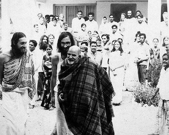 नीब करौरी बाबा की अनंत कथाएँ: नीब करौरी से गमन