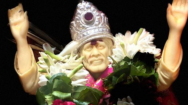 Sai Darshan; November 26, 2020 - Get Blessings Of Baba Sitting At Home From Temples Across The World