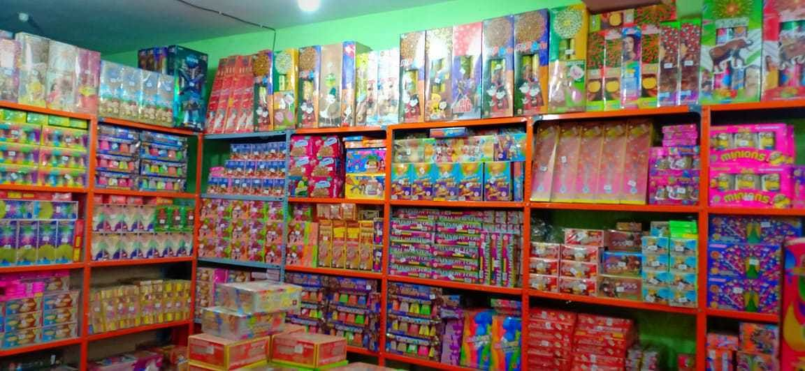 Agra Administration Bans Sales Of Fire Crackers, Cited Air Pollution As The Reason