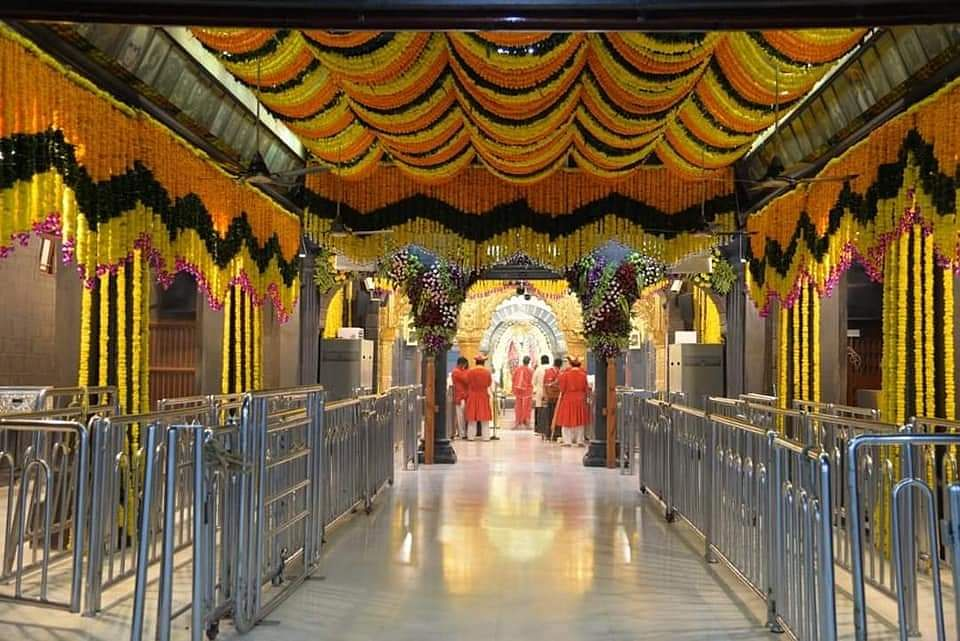 Sai Darshan; November 25, 2020 - Get Blessings Of Baba Sitting At Home From Temples Across The World