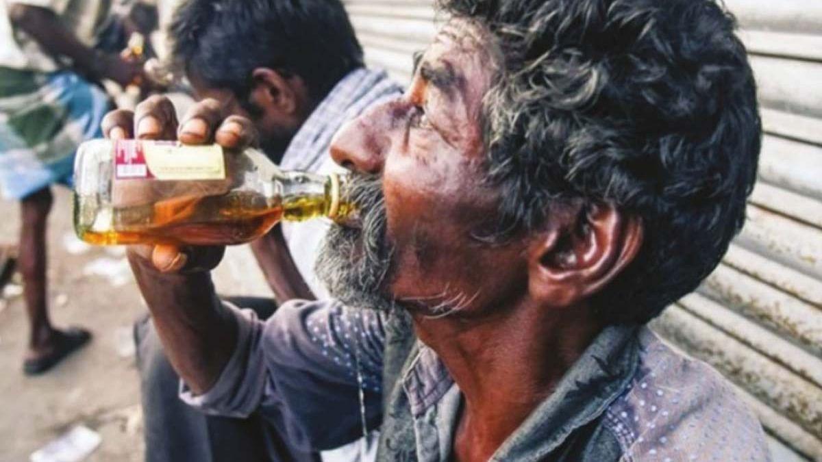 Four Dead After Consuming Illicit Liquor In Pratapgarh, Three Cops Suspended