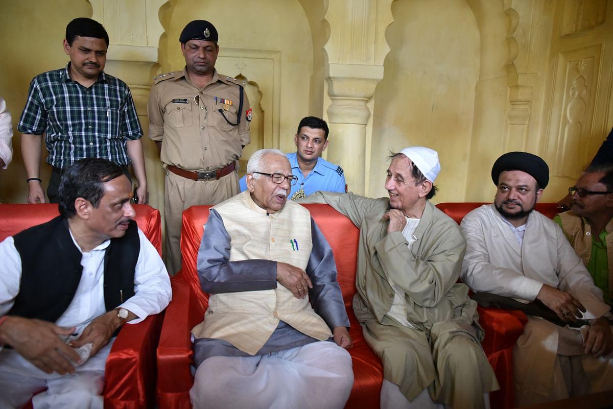 Former UP Governor Ram Naik Remembers Kalbe Sadiq Through Old Throwback Picture