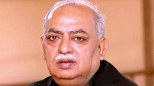 Case Filed Against Eminent Poet Munawwar Rana Under Serious Sections of IPC