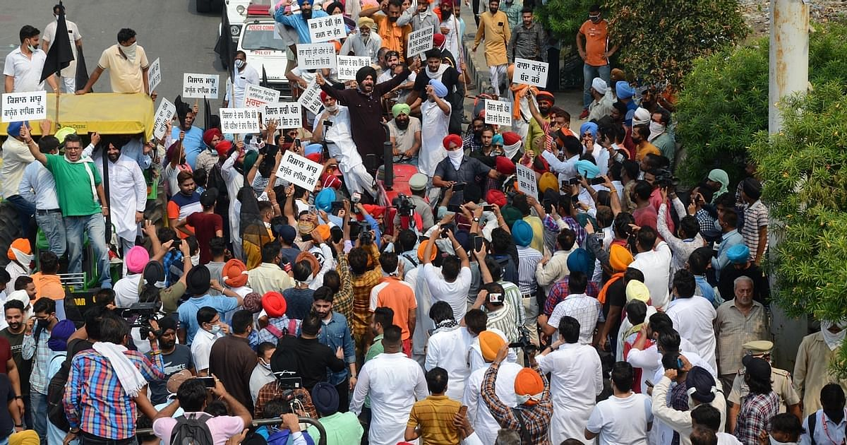 Farmers Threaten Highway Blockade On Thursday, To Boycott Ambani, Adani