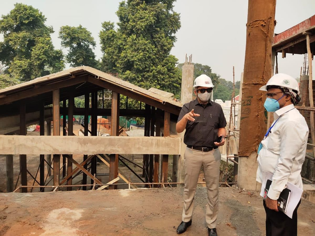 Raj Shekhar Inspects Under-Construction New Circuit House In Kanpur, Sets May 2021 As Date Of Completion