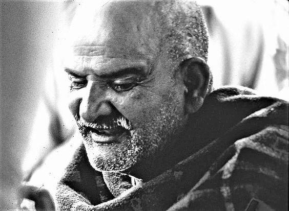 नीब करौरी बाबा की अनंत कथाएँ: भगवान भोग खाता है, भगवान भाव खाता है, तभी प्रसाद बनता है !
