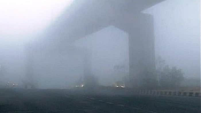 After Fog Blinds Drivers And Causes Mishaps, Agra Mayor Seeks Restrictions On Yamuna, Agra-Lucknow E-ways