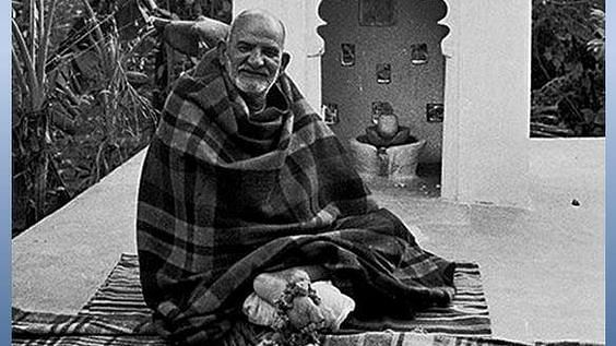 नीब करोली बाबा की अनंत कथाएँ: शमशान भूमि पर हनुमान मंदिर की स्थापना हेतु लोगों को प्रेरित करना