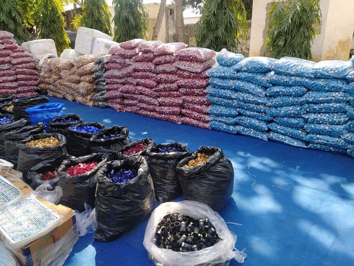 Muzaffarnagar Police Bust Illicit Liquor Making, Smuggling Gang, Four Arrested