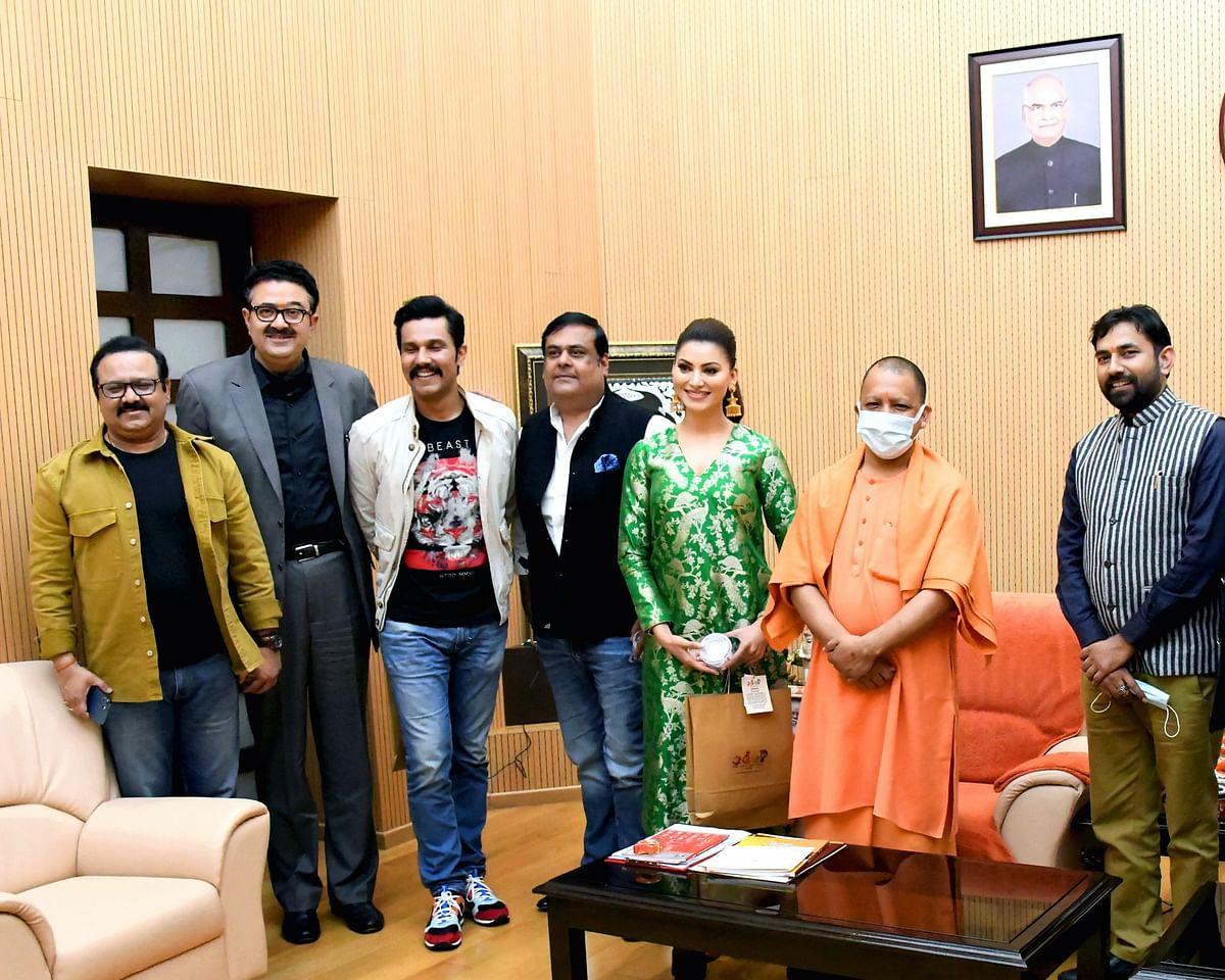 Cast Web Series 'Inspector Avinash' Meet UP Chief Minister Yogi Adityanath