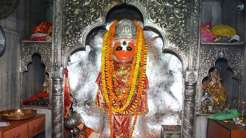 नीब करौरी बाबा की अनंत कथाएँ: पनकी हनुमान मंदिर