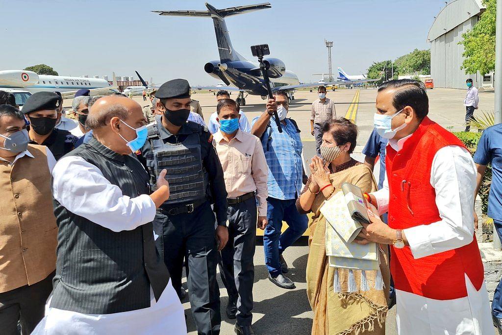 Rajnath Singh, Nitin Gadkari Arrive In Lucknow